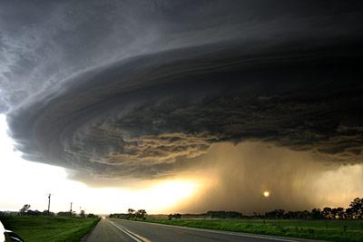 想像を絶する暴風や嵐の写真を集...