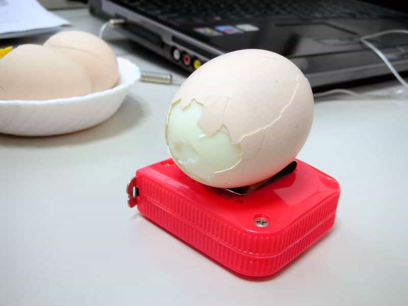 how to make soft boiled egg shell peel off