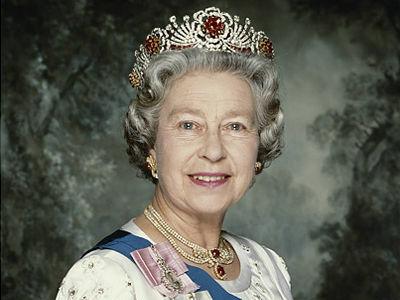 イギリス女王エリザベス2世のポ...