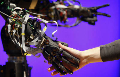 超精密かつ力強い、機能美あふれるロボット達の画像集