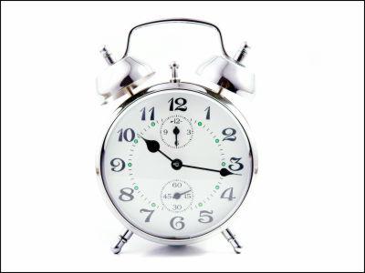 なぜ酒飲みは朝が苦手なのか?体内時計を狂わせるアルコールの効果が明らかに