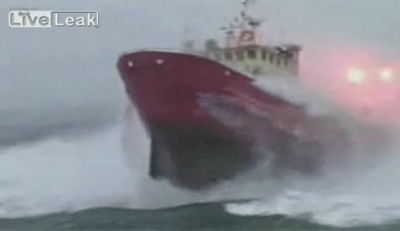 A huge boat movie that gets over the rough waves while it