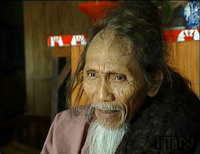 髪の毛の長さ6.8mという世界最長記録を保有していた男性・Tran Van Hayさんが亡くなる - GIGAZINE - photo #3