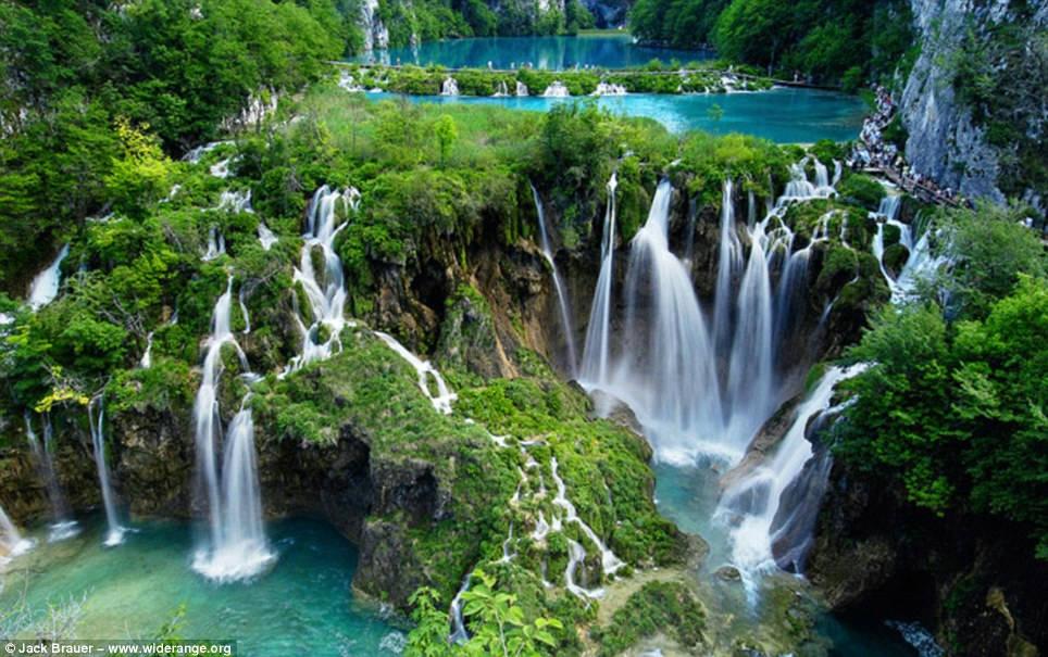 001 これが本当の美!クロアチアの美しすぎる滝 プリトヴィツェ湖群国立公園 でも地雷が埋まっているかも