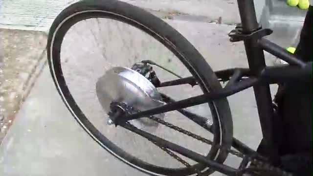 ... 走行できる電動自転車「Riide