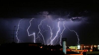 観測から6年後にようやく「反物質(アンチマター)」が雷雲の中で発見