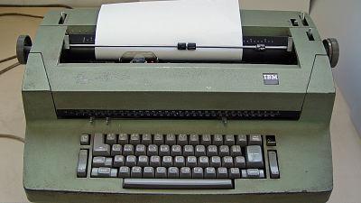 世界初の「キーロガー」は旧ソ連がアメリカ大使館のタイプライターに組み込んだものだった