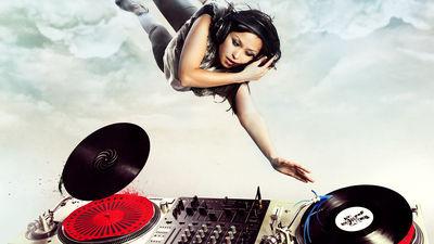 あらゆる楽曲をダンスミュージックにリミックスしてダウンロードも可能な「The Wub Machine」