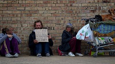 なぜ貧困に陥ると間違った決断をしてしまうのか?そこには避けられない心理的要因があった