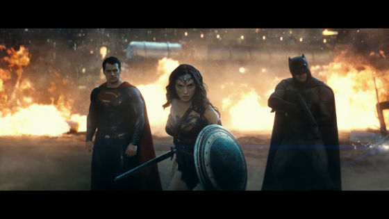 https://i.gzn.jp/img/2015/12/04/batman-vs-superman-trailer/076_m.jpg