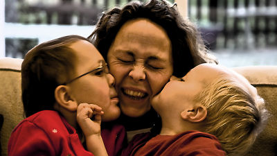 「80歳の時に健康であるかどうかは50代の時の人間関係で決まる」など幸福な人生を送るための重要な3つの教...