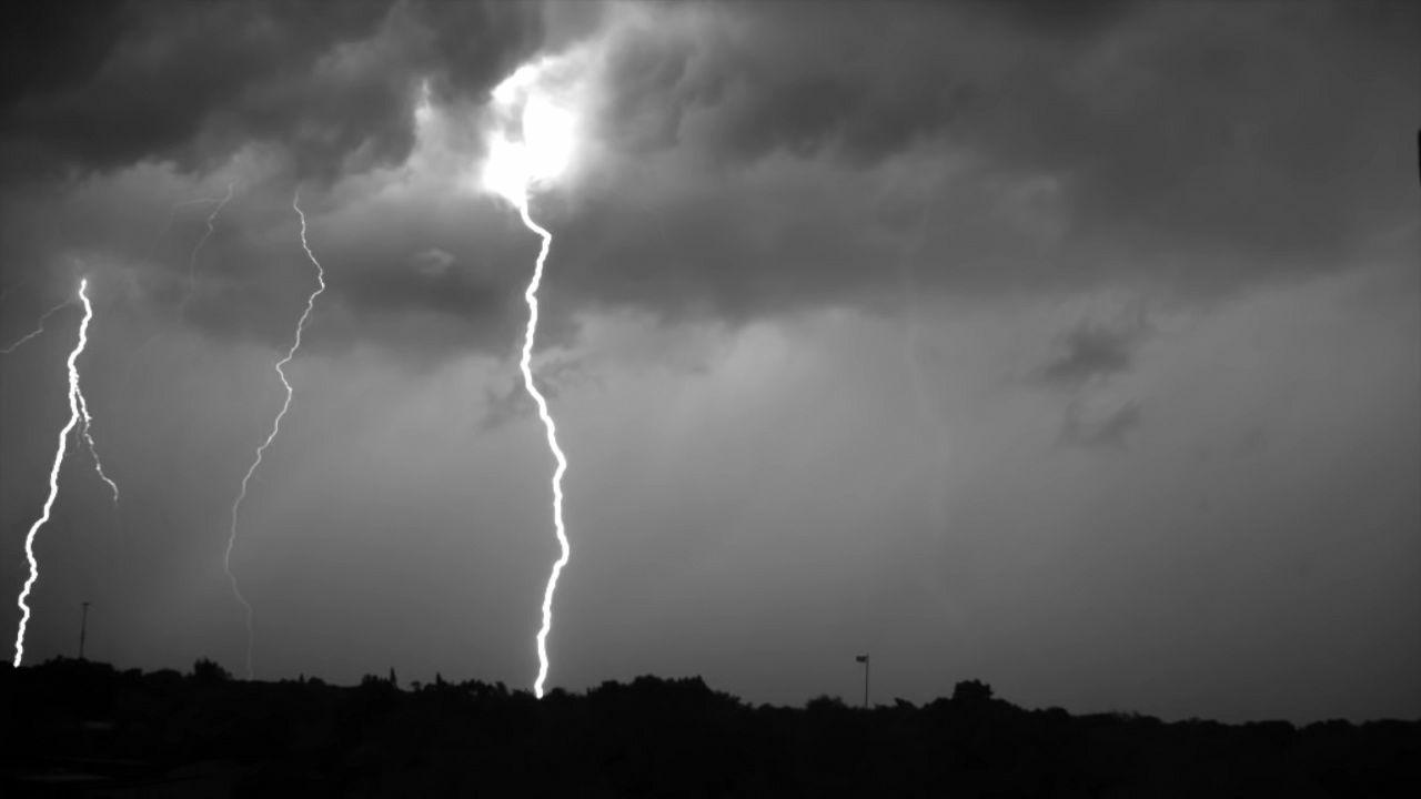 「雷 写真」の画像検索結果