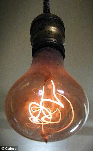 100年以上経ってもなお輝き続ける「centennial Light Bulb 100年電球 À� Gigazine