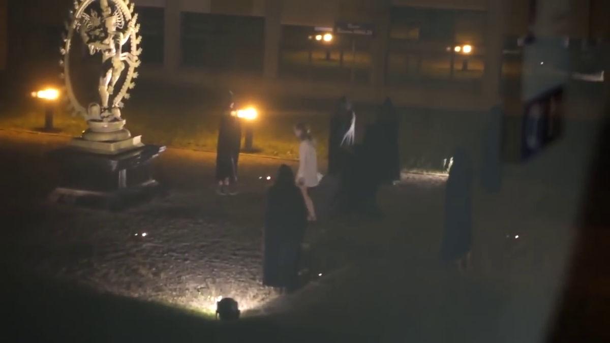 CERNで人間を生け贄に捧げる儀式が行われている」というムービーが撮影 ...