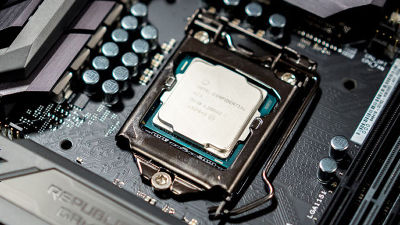Intelが「第8世代Coreプロセッサー」を発表、同一世代で3