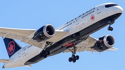 パイロットのいない「AI旅客機」をボーイングが2018年にテスト飛行へ