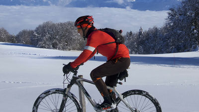なぜ冬になると自転車のスピードはなかなか上がらなくなってしまうのか?