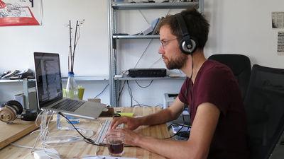世界最大のソフトウェア開発プラットフォームで最も人気なプログラミング言語は何なのか?
