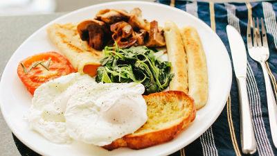 https://i.gzn.jp/img/2019/02/04/eating-breakfast-lose-weight/00.jpg