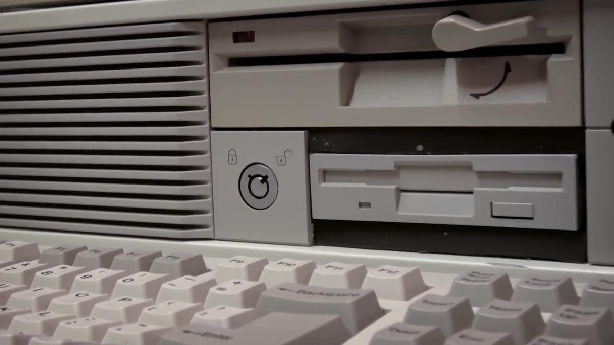 キーボード ロック パソコン