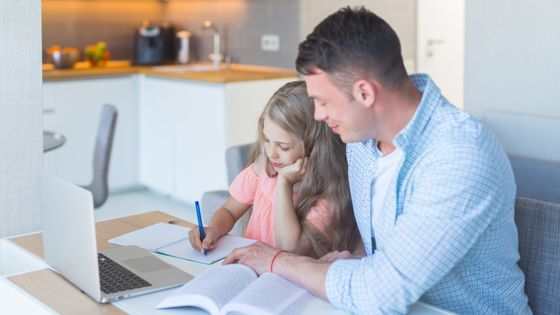 Photo of What is the proper way for parents to help their child with homework?