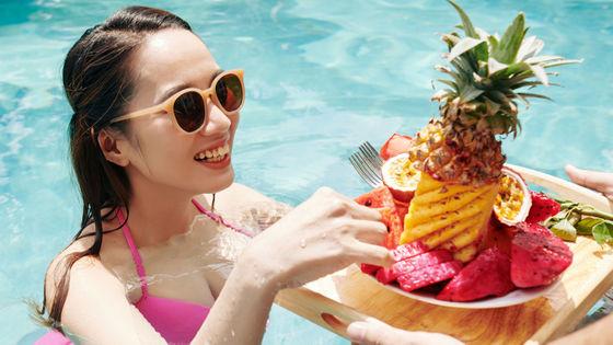水泳後は「お腹が減ってたくさん食事を摂ってしまう」ことが判明、ダイエット効果はそれほど高くない可能性