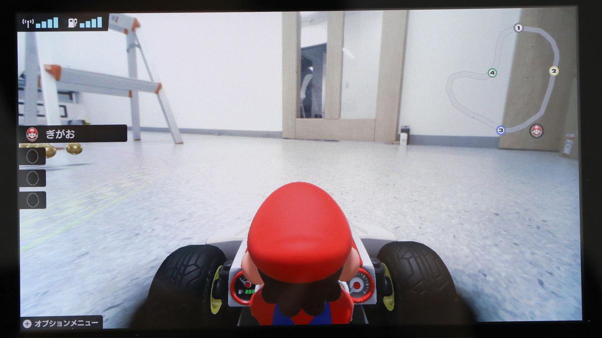 マリカー操作でリアルカートを部屋の中に作った自作コースで走らせる ...